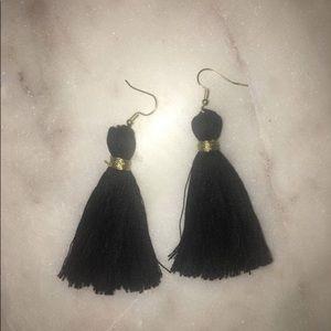 Jewelry - Black tassel dangle earrings